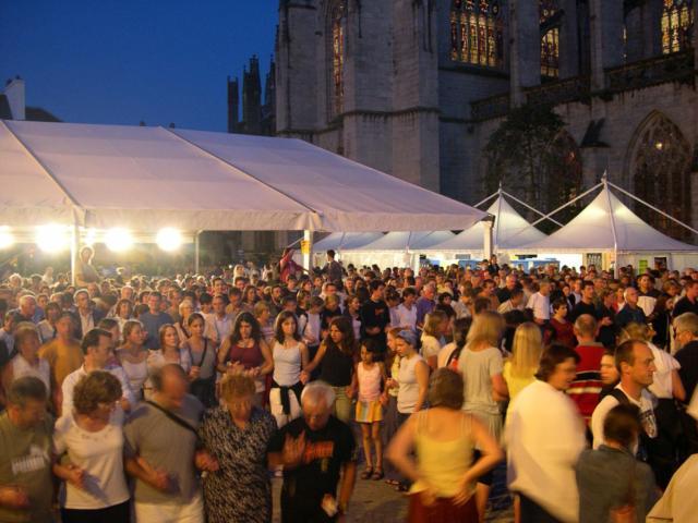 1. Festival De Cornouaille Fest Noz Place St Corentin 3