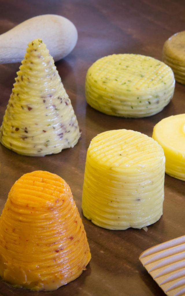 Mini Beurres Bordier à la main