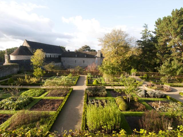 Plougastel Daoulas - Abbaye - Le jardin de plantes médicinales