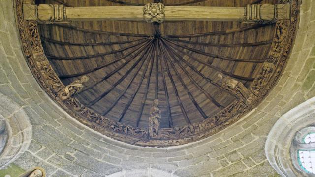 3-chteau-de-kerjean-charpente-chapelle-bernard-galeron-1.jpg