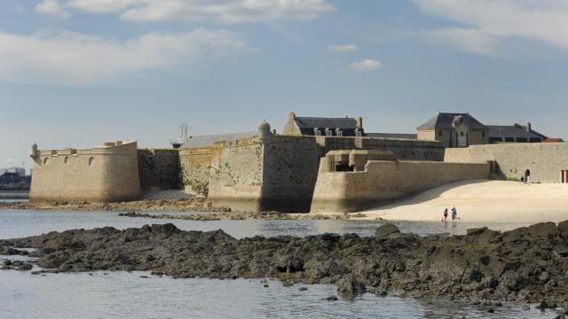 3-port-louis-citadelle-vauban-yannick-le-gal2.jpg