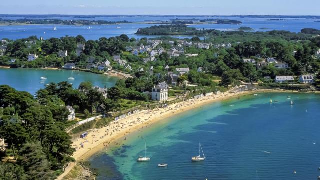 Île aux moines - La Grande Plage, vue aerienne