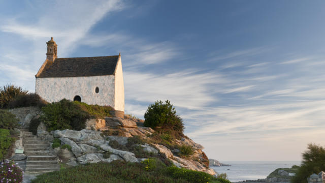 France, Finistere (29), Roscoff, Vue en hauteur sur la chapelle Sainte-Barbe.Petite Cite de CaractereCite d'Art.