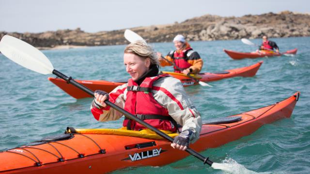 accostez-en-kayak-au-phare-de-la-croix-12.jpg