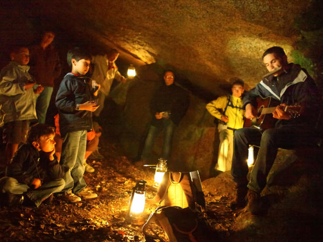 aventurez-vous-de-nuit-dans-vallee-des-traouiero-5.jpg