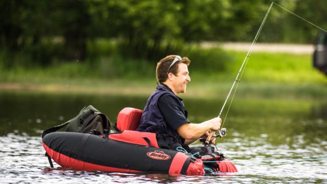 decouvrez-la-peche-en-float-tube-a-jugon-les-lacs-12.jpg