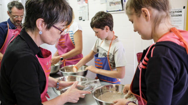 partagez-moments-ateliers-crepes-vero-6.jpg