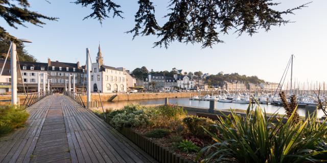 France, Côtes d'Armor (22), Binic Etables sur Mer, le port de Binic