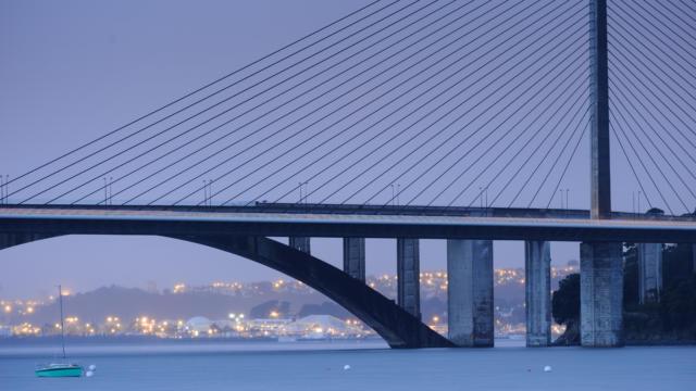 1-brest-pont-iroise-emmanuel-berthier.jpg