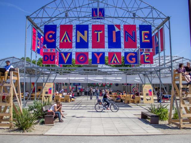 1-la-cantine-voyage-matthieu-chauveau.jpg