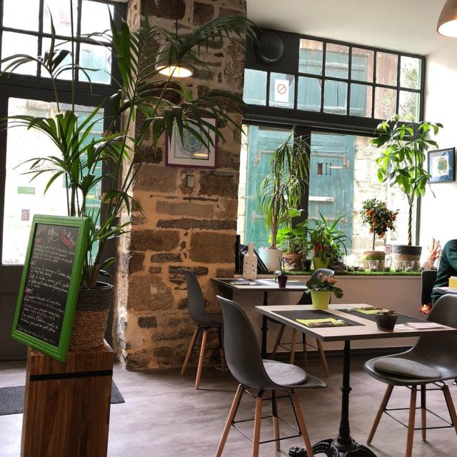 annadata-restaurant-intrieur.jpg