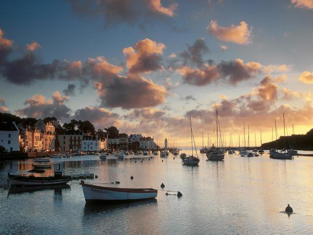 belle-le-en-mer-port-de-sauzon-martin-schulte-kellinghaus-crtb-aa0423.jpg
