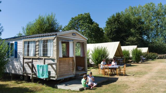 Camping de la Vallée du Ninian à Taupont