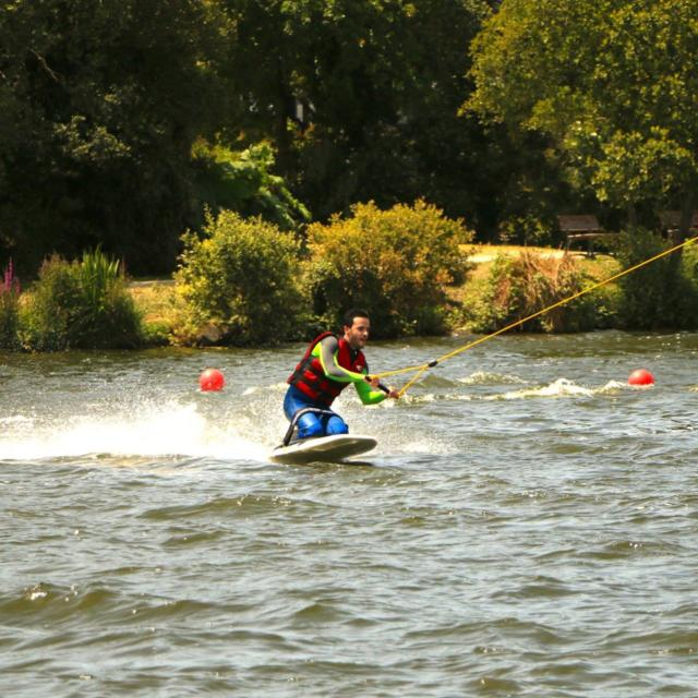 kneeboard-wakepart-advance-ride.jpg