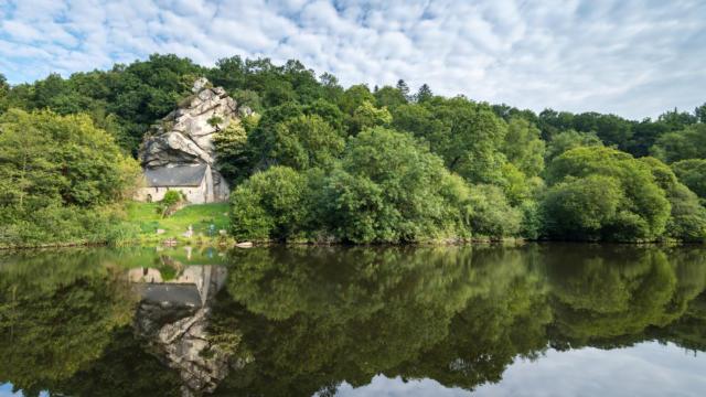 le-blavet-chapelle-saint-gildas-bieuzy-les-eaux.jpg