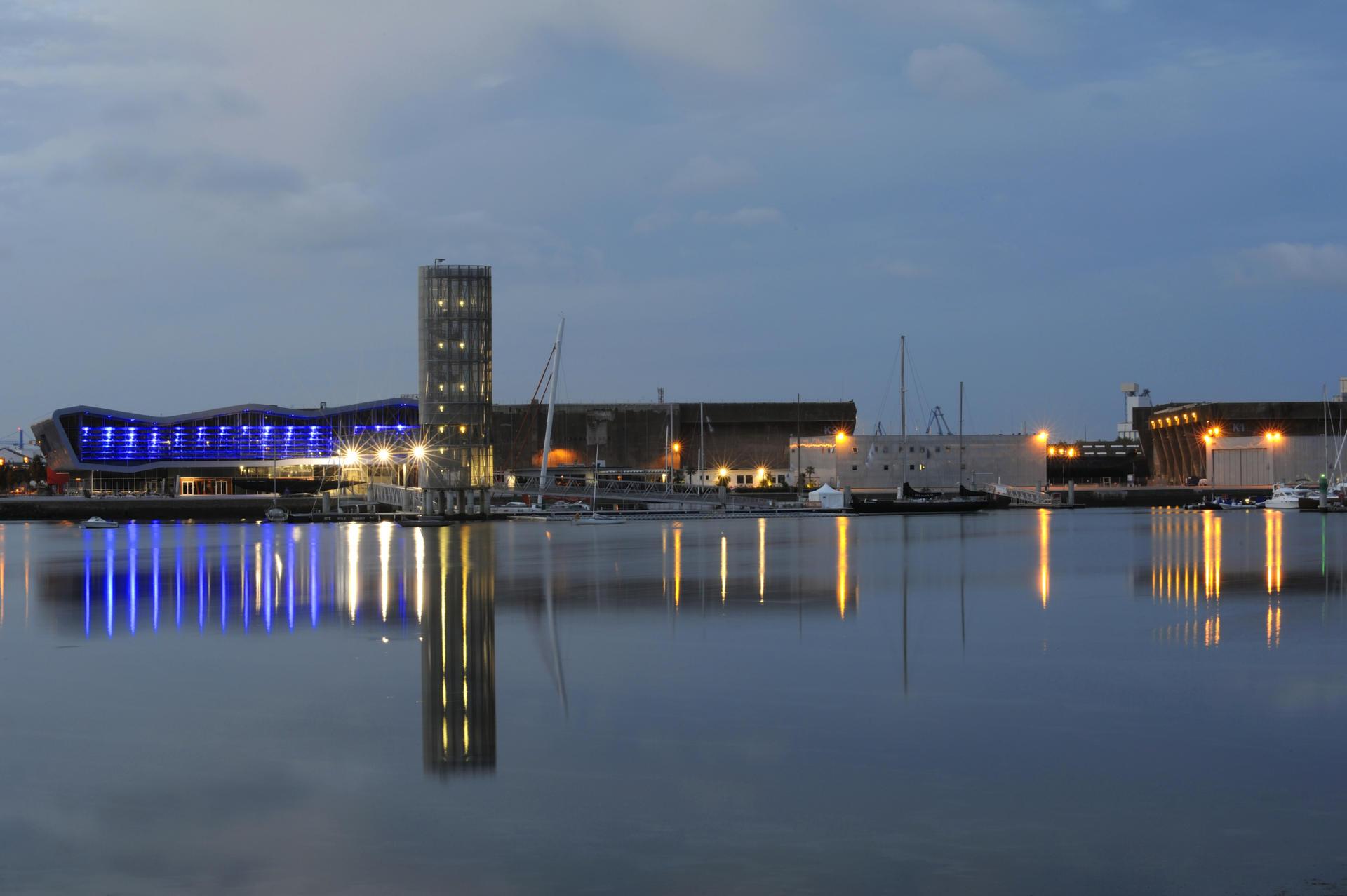 Lorient tourisme bretagne - Lorient piscine ...