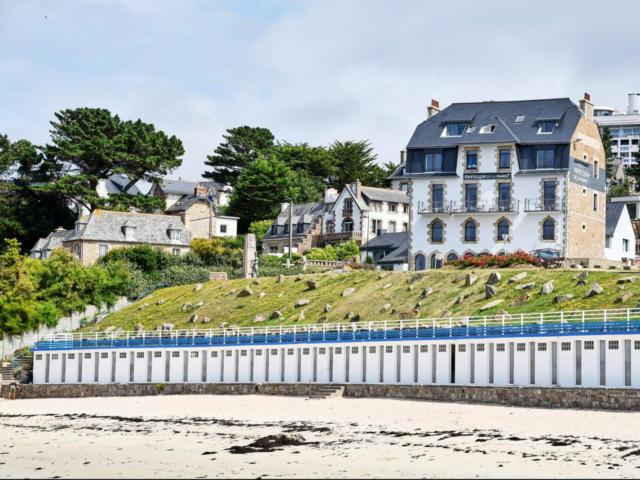 pavillon-de-la-plage-vue-de-la-plage-api-you.jpg