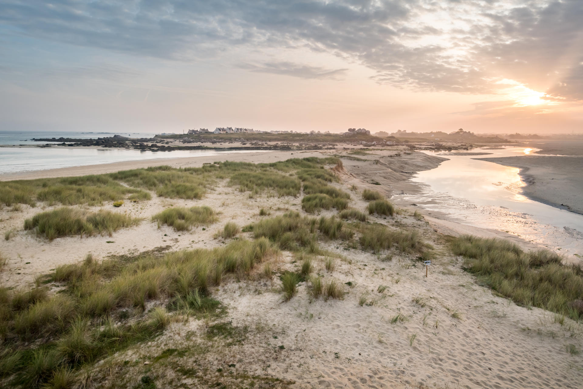 Grandes mar es en bretagne tourisme bretagne - Office tourisme plouescat ...