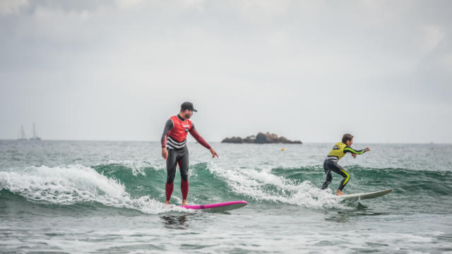 ponant-surf-school-2.jpg