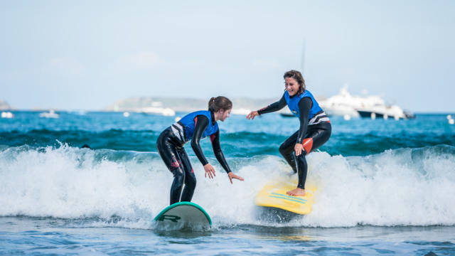 ponant-surf-school-3.jpg