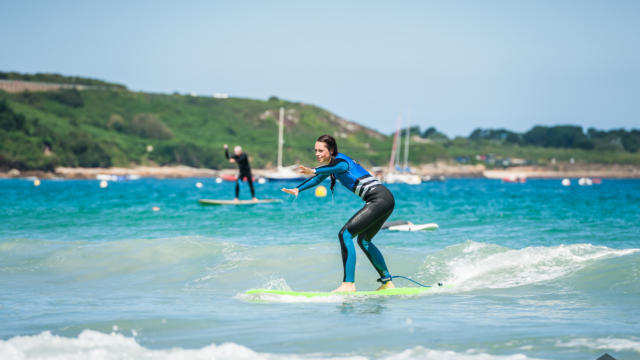 ponant-surf-school-6.jpg