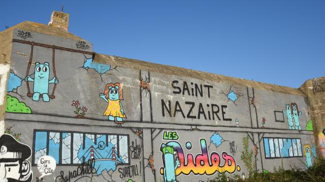 saint-nazaire-les-oides-fresque-blockhaus-ak.jpg
