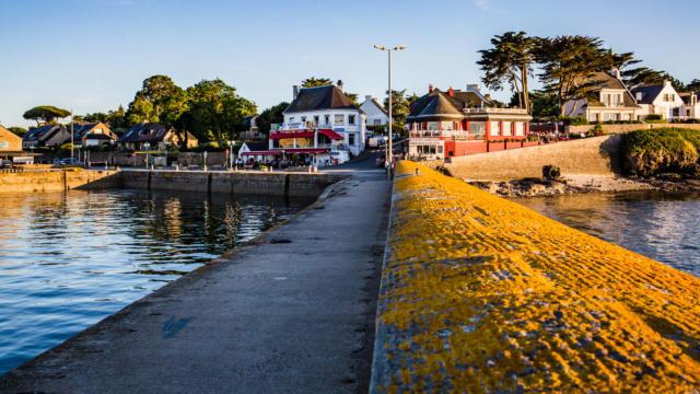 Port Navalo, Arzon