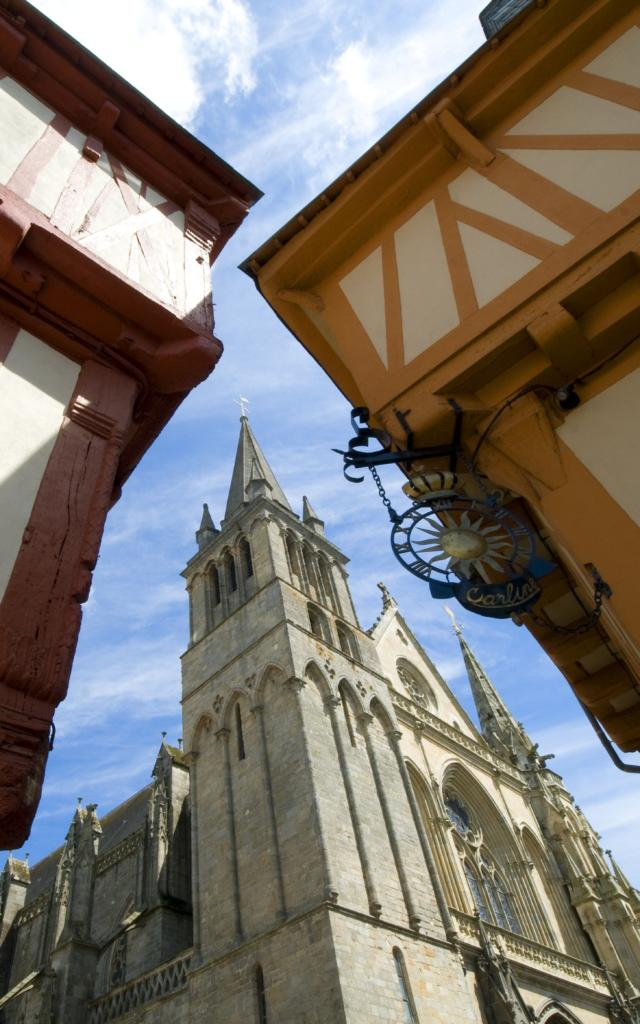 Cathédrale Saint-Pierre - Place Henri IV - Vannes