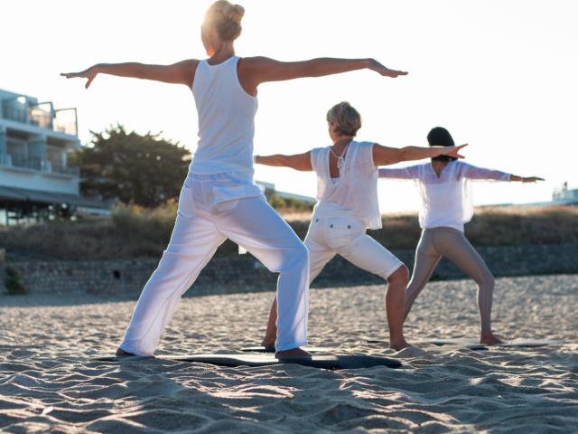 Thalasso - Yoga sur la Plage