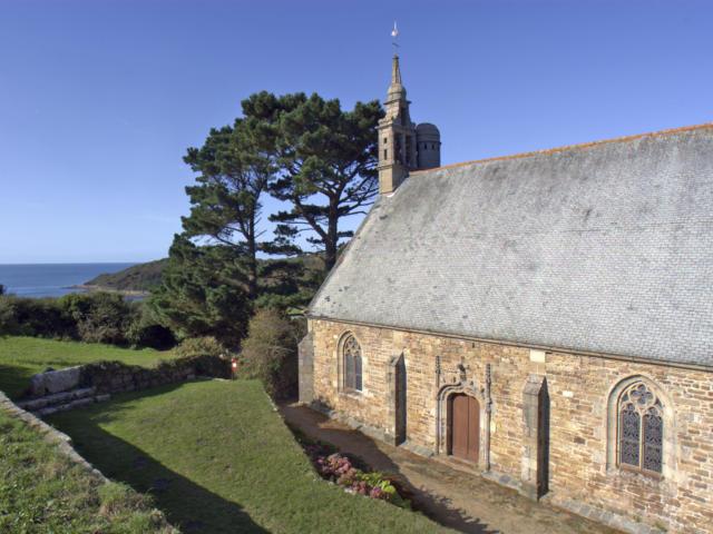 Yaudet (le), Chapelle Notre-Dame-du-Yaudet, Vue de detail sud-ouest de la chapelle de Ploulec'h.