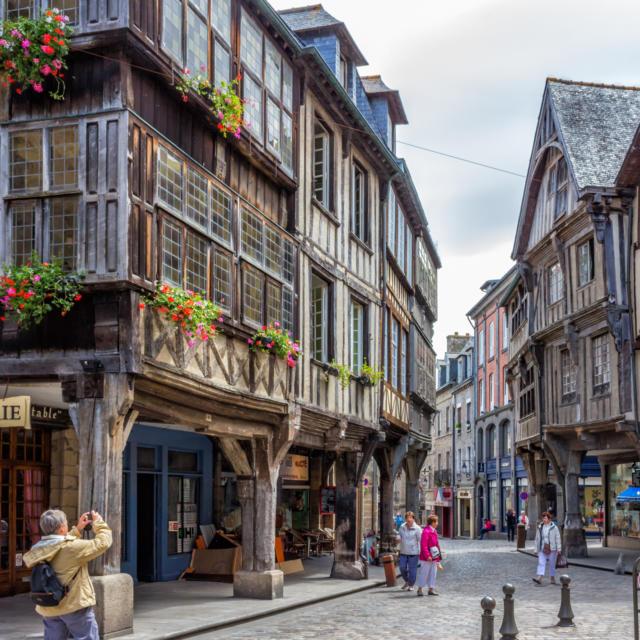 Dinan - Place des Merciers
