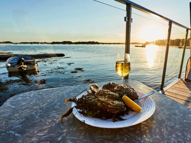 assiette-huitres-au-soleil-couchant.jpg
