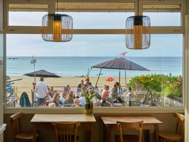 Restaurant vue sur mer - Hôtel Les Charmettes