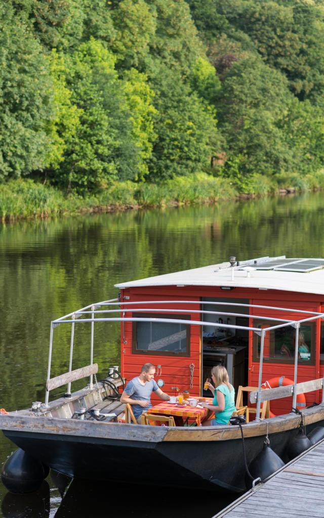 Petit déjeuner sur le canal - Saint Nicolas des Eaux