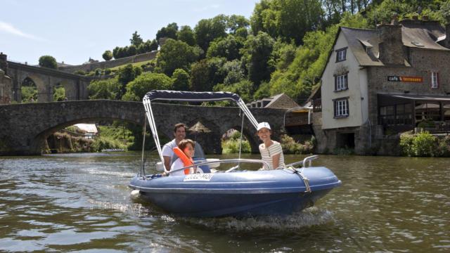 Dinan - Balade en bateau sur la Rance