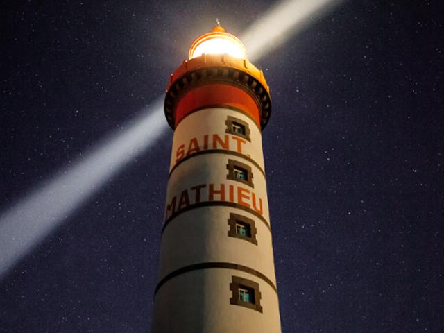 phare-saint-mathieu-nuit-2019-sbastien-hirron-1.png