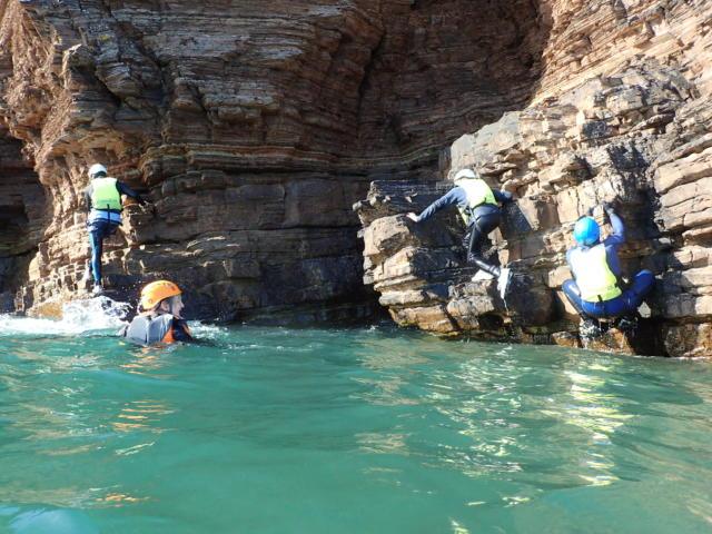 Coasteering sur les Falaises d'Armor
