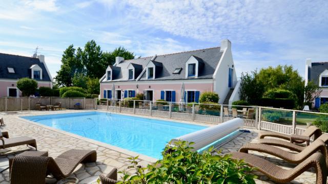 La Désirade - Belle île - vue extérieure - piscine