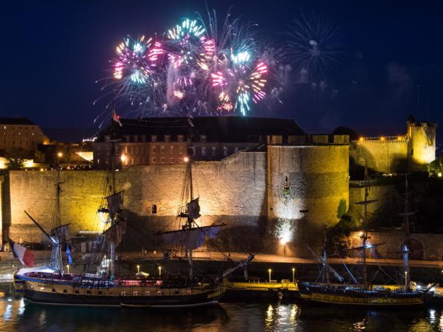Brest - Fêtes maritimes - Feu d'artifice