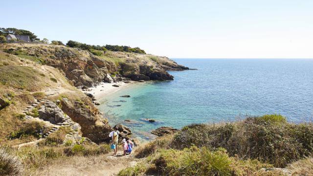 Plage de Saint-Gildas-de-Rhuys et sentier côtier sur la presqu'île de Rhuys