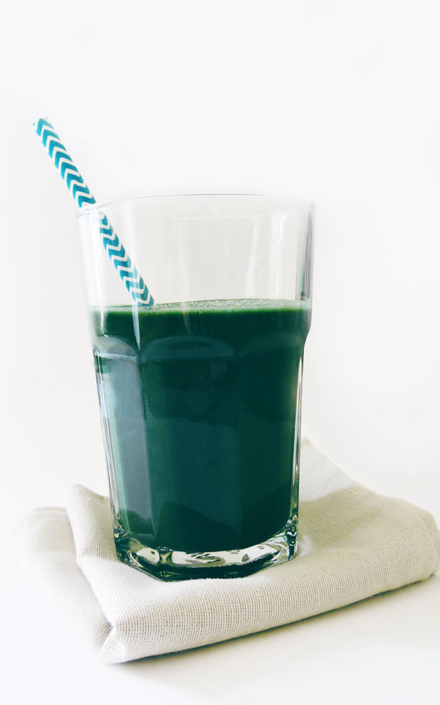 smoothie-cassis-spiruline-copyright-aqua-b.jpg