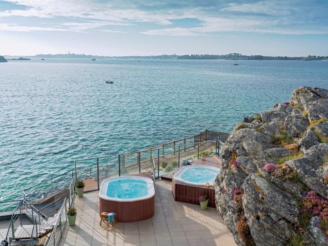 Thalasso de Roscoff - vue sur l'île de Batz