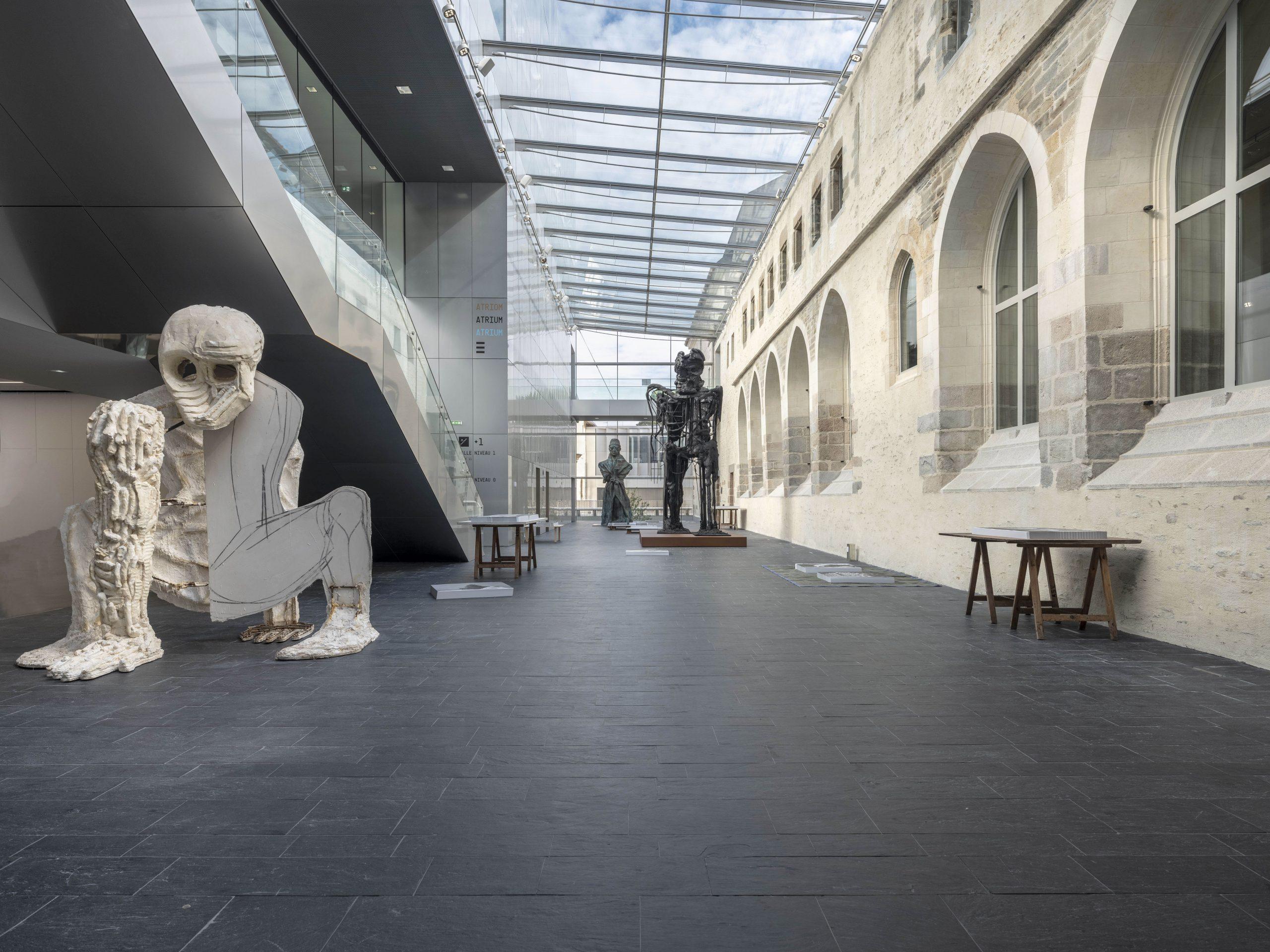 rennes-couvent-des-jacobins-exposition-debout-2018-j-f-mollire-scaled.jpg