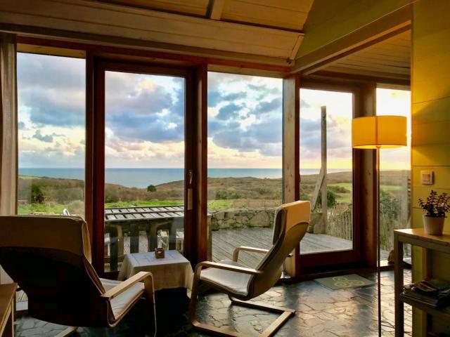 Gîte écologique Embruns d'herbe - Plogoff - Salon vue mer