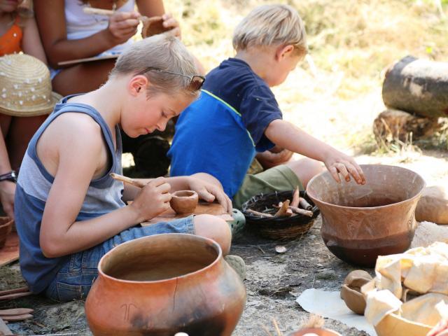 Monteneuf - Archéosite - Atelier de poterie