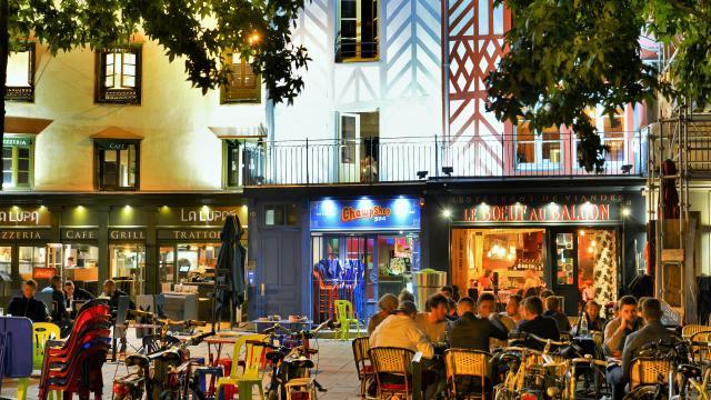 rennes-place-rallier-du-baty-franck-hamon.jpg