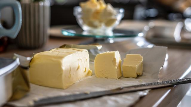 beurre-sorin-gheorghita-unsplash.jpg