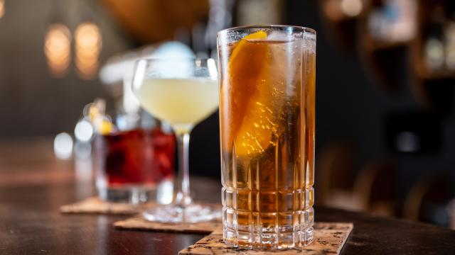 liqueurs-et-cocktails-moritz-mentges-unsplash.jpg