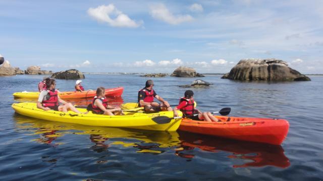 jour-3-sortie-aux-tocs-kayaks-et-phoque-centre-nautique-du-guilvinec.jpg