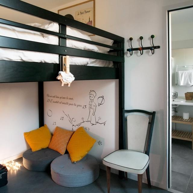 edd-hostel-dol-de-bretagne-chambre-theme.jpg
